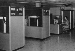 300px-BRL61-IBM_305_RAMAC.jpeg