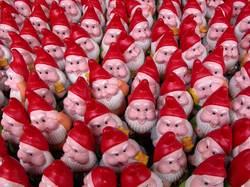 gnomesw.jpg