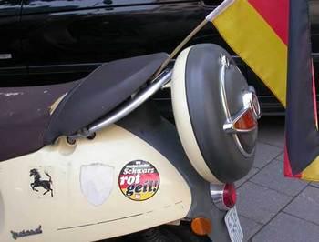 scooterw.jpg
